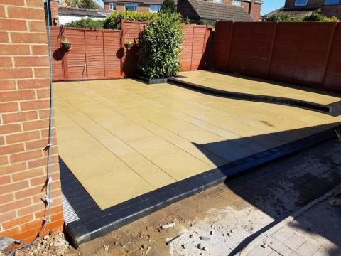 "Split level, two tone ""Torver Paving"" patio"